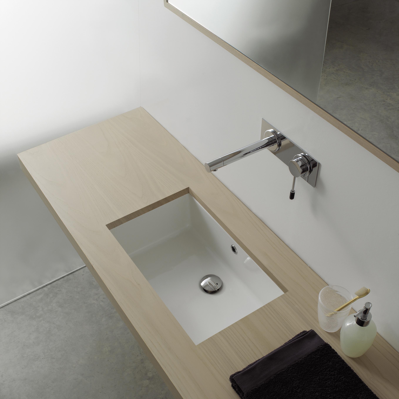 Мойка для ванной (39 фото) комнаты: угловые, врезные и други.
